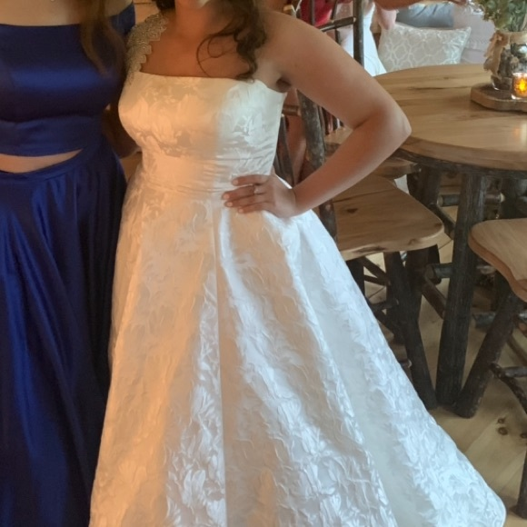 Sherri Hill Dresses & Skirts - Beautiful White Gown (Ivory)